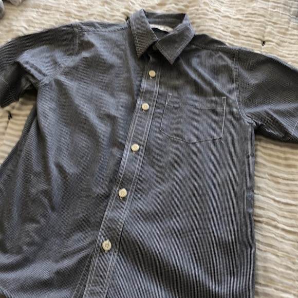 Short sleeve old navy button down